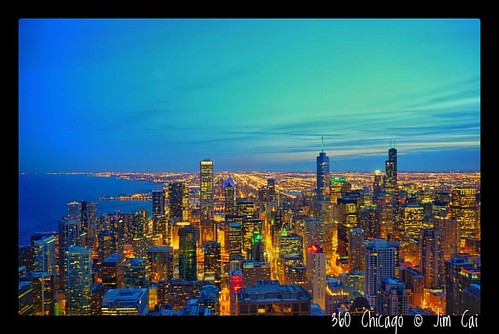 Amazing view from all the way up there. I was so glad to force myself to go there despite of cold weather in Chicago.   #360chicago #sonya6000 #jimcai #travel #cityscape #chicago