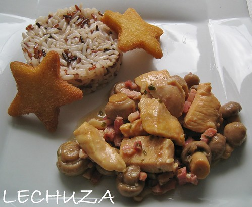 POLLO CON CHAMPIS Y BACON AL AJILLO (24)