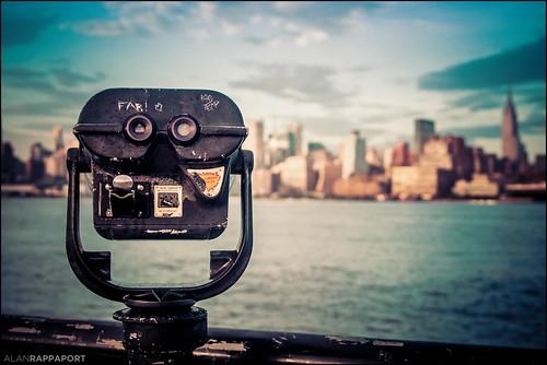 nyc newyorkcity newyork water skyline river lights pier skyscrapers nighttime empirestatebuilding hudson hoboken eastcoast starburts