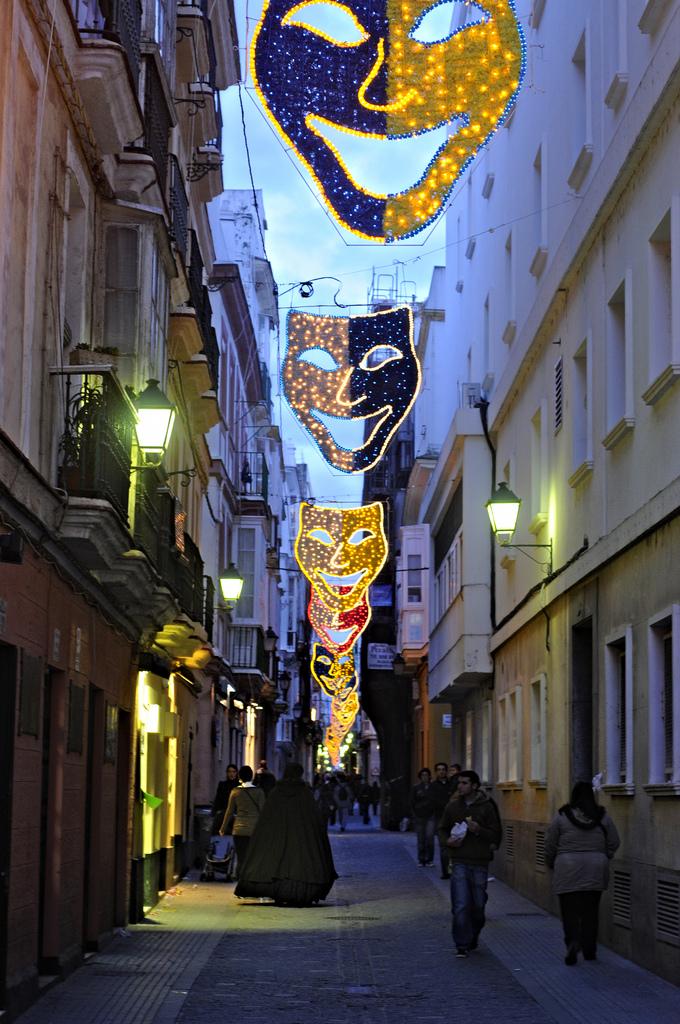 Calle de Cádiz durante los Carnavales. Autor, Mait Jüriado