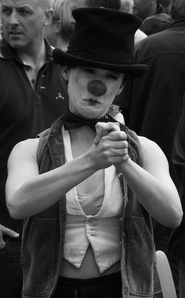 performers on the Mile 097