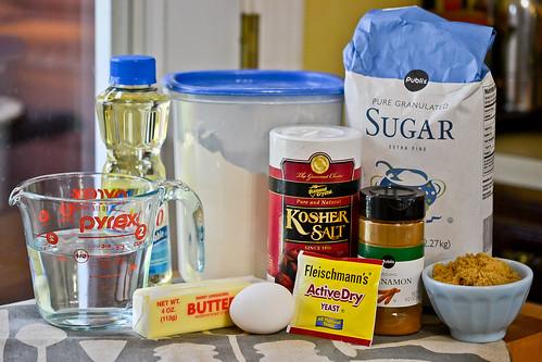 Cinnamon Sugar Pretzel Bites-1