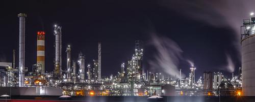 歐巴馬認為,全世界必須放棄開發石油、煤和天然氣,讓化石燃料留在地底,以緩解氣候變遷。(來源:Martin Schachermayer)