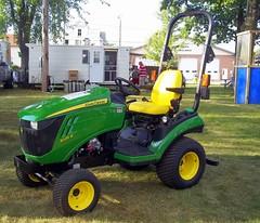 John Deere 1025R Tractor.