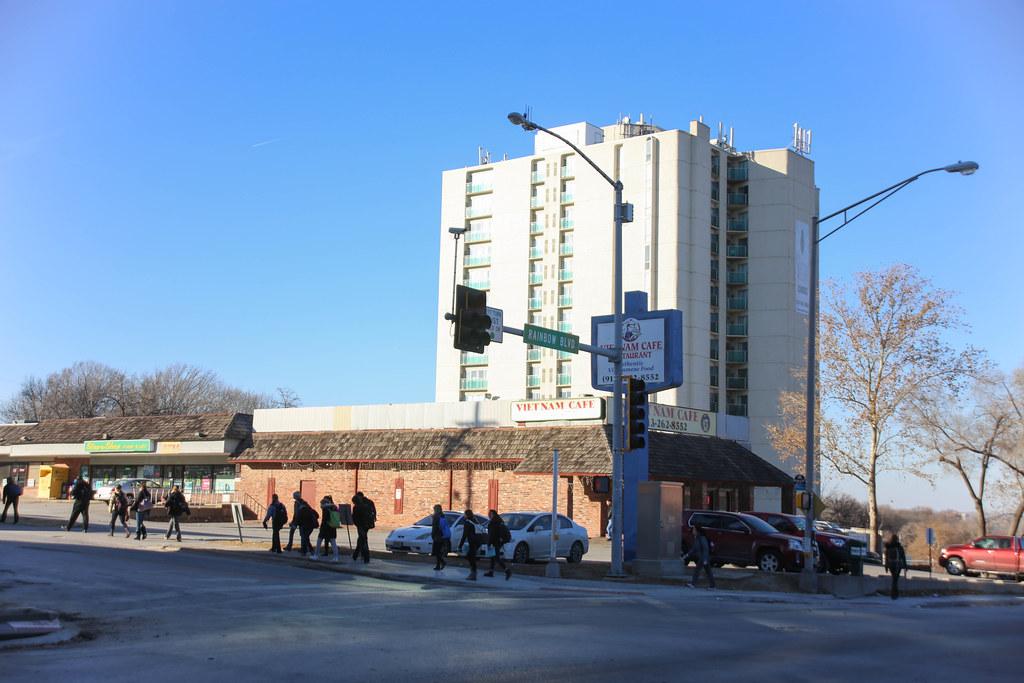 Hotels Near University Of Kansas Medical Center