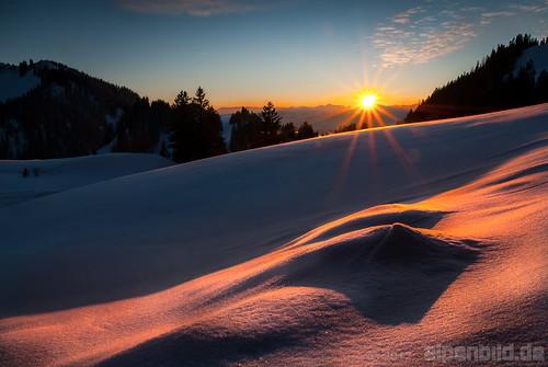 schnee winter sunset sun mountain snow mountains alps nature berg landscape bayern deutschland bavaria evening abend sonnenuntergang natur berge alpine alpen landschaft sonne alpin gebirge 德国 巴伐利亚 chiemgau sachrang 50fav aschau chiemgaueralpen 阳 chiemgaualps alpenbildde