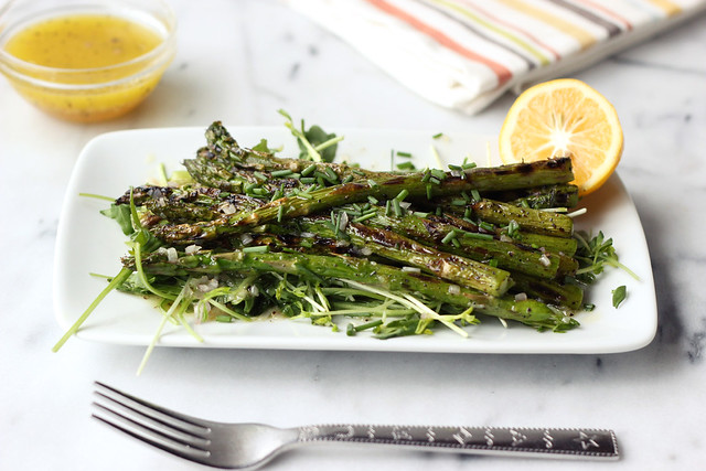 Grilled Asparagus Spring Salad with Meyer Lemon Shallot Vinaigrette (Gluten-free and Vegan)