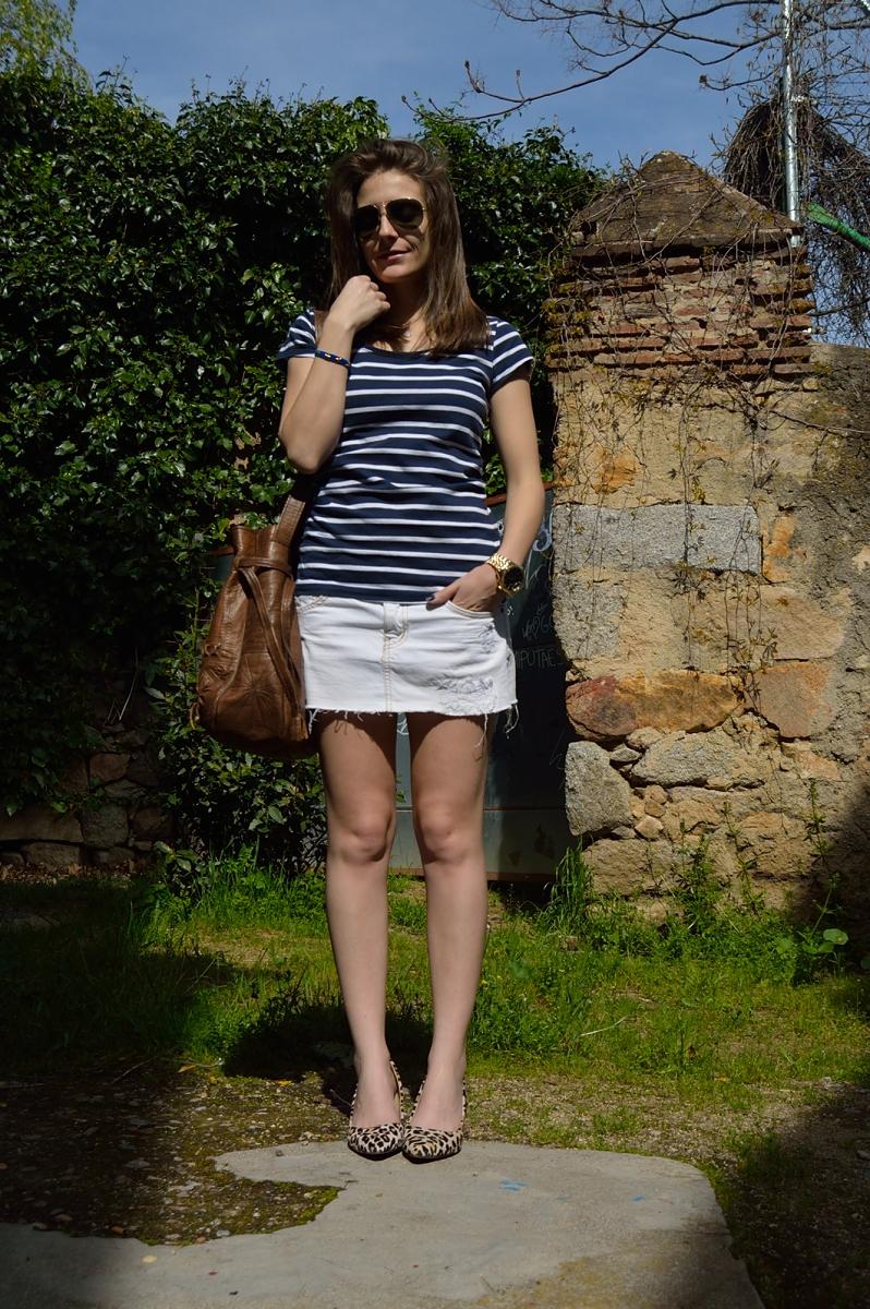 lara-vazquez-madlula-blog-stripes-white-skirt