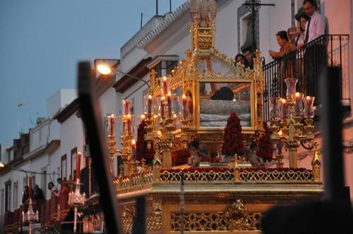 AionSur 13952685675_4057d9bff3_d Esperanza y Santo Entierro, corazones divididos en estaciones de penitencia que se unen Cultura Semana Santa