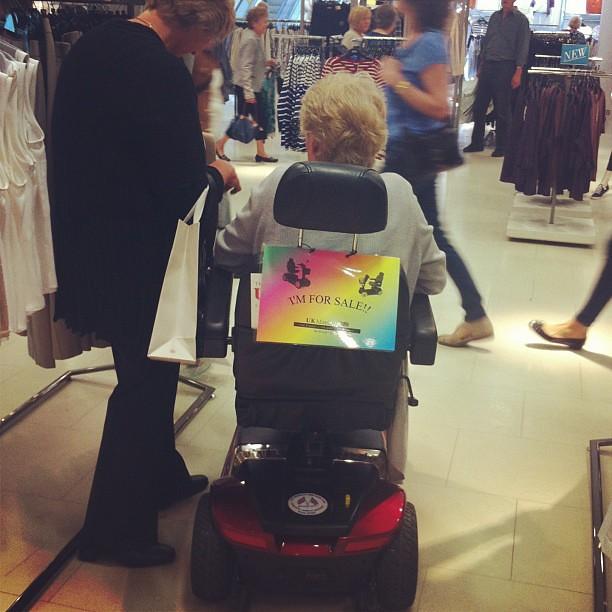 Gay wheel chair