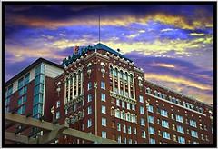 Aladdin Hotel  [AKA Holiday Inn] ~ Kansas City Mo ~ Historic Hotel ~ Photo 2003