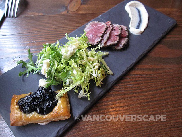 Catch 122 Rare black pepper beef, endive gorgonzola hazelnut salad, red onion tarte tatin