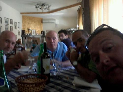 #rotolandoversosud2013 rimbalzando verso nord pausa a #troia by manuelongo