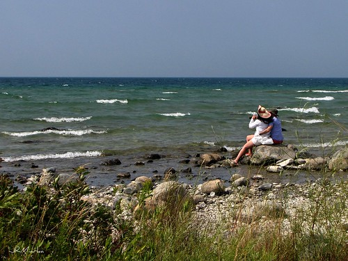 beach rocks michigan lakemichigan leelanau northernmichigan