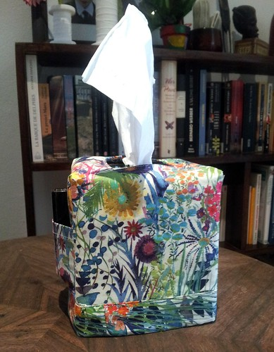 Liberty tissue holder with pocket!