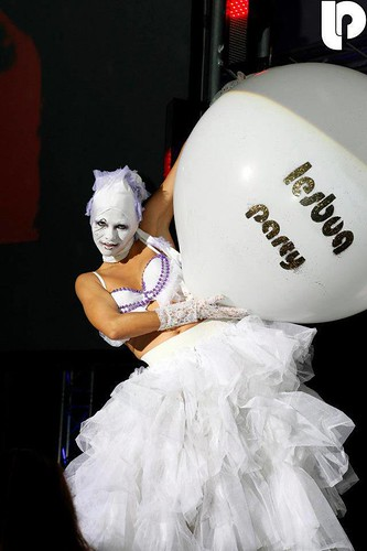 Lesboa Party [performance by Los Mounstros de Ibiza]