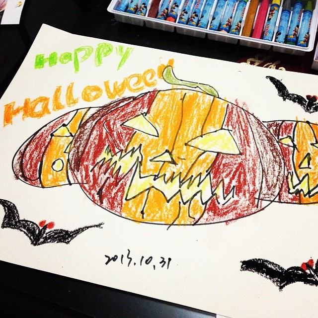 Daughter's painting #paint #happy #halloween #万圣节 #画画