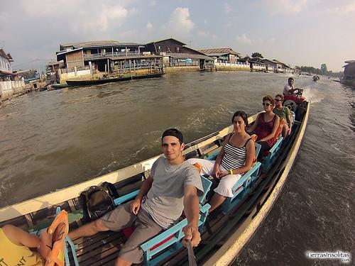 Barca en Lago Inle (Myanmar)