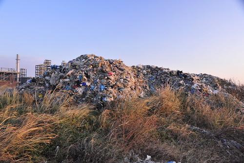 20131223彰化海岸上的垃圾小山(黃俊男)