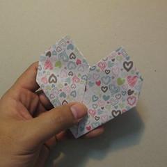 วิธีการพับกระดาษเป็นรูปหัวใจ 017