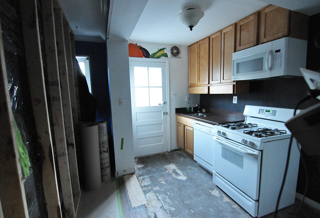 Katie\'s Kitchen Reno Part III | DIY Del Ray