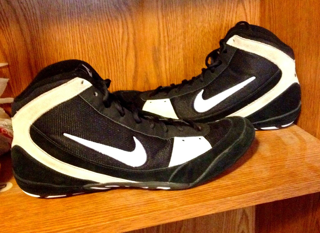 nike takedown 360 wrestling shoes size 7 | Dovalina Builders