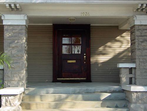 20b - Hoffmann Residence - 1926 S Western Ave (E)