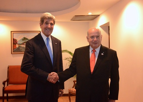 Secretary General of the OAS meets with U.S. Secretary of State