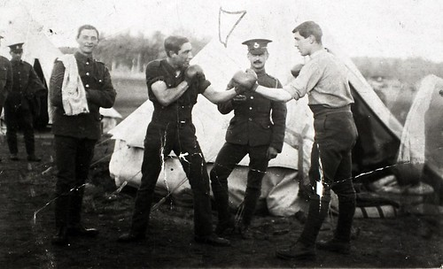 Boxing Soldiers c1914-1918