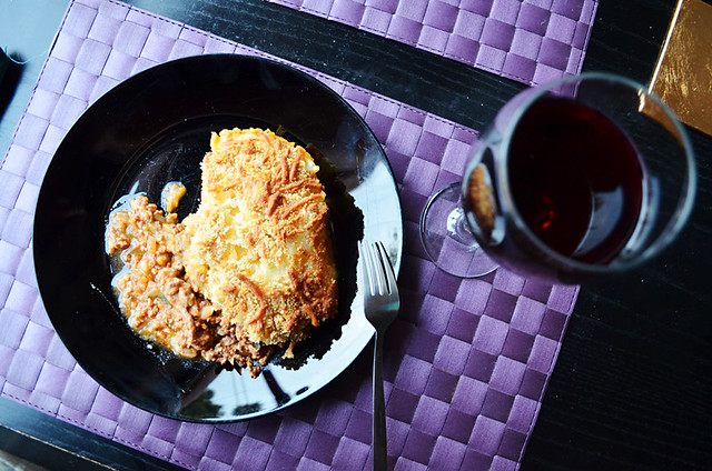 Boeuf au gratin with wine