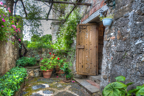 Portofino Door and flowers
