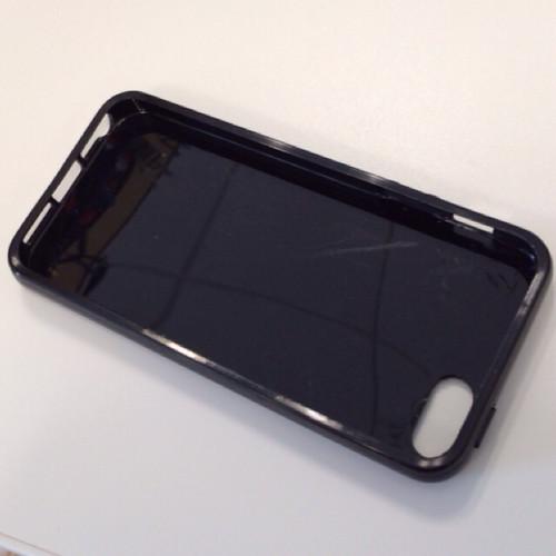 100円ショップのiPhoneソフトケース