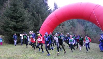 Na Vánočním běhu v Bílovicích vítězili Fochler a Hynštová