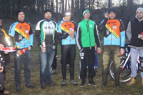 2013.12.21  Fahrradkontor CX-Team Hannover bei der Braunschweiger Cross Serie