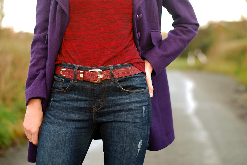 Red & purple winter outfit with jeans