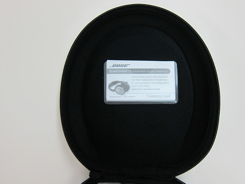 Bose QC15 - Carrying Case (Open)