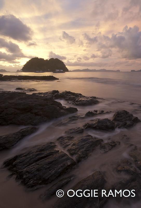 El Nido Marimegmeg Sunset