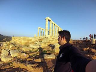 Admirando el Templo de Poseidón Cabo Sounion - 12174225376 2223fe0d24 n - Cabo Sounion y el Templo de Poseidón