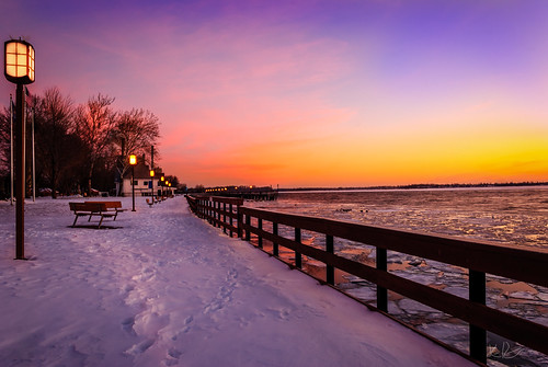 park trees winter sky snow clouds sunrise river nikon michigan parkbench predawn detroitriver frozenriver puremichigan