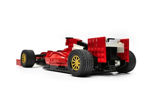 Ferrari F14 T (7)