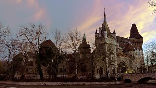 sunset castle nikon budapest sigma naplemente 1020mm 1020 vár uwa vajdahunyad városliget sigma1020 vajdahunyadvára d7000 nikond7000 lindtnerbéla belalindtner