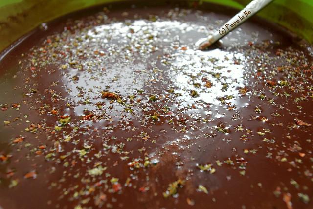 Panna cotta cu ciocolata si peperoncino