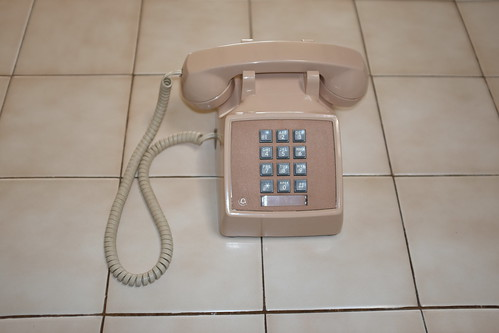 Western Electric Model 2500 Touch-Tone Phone