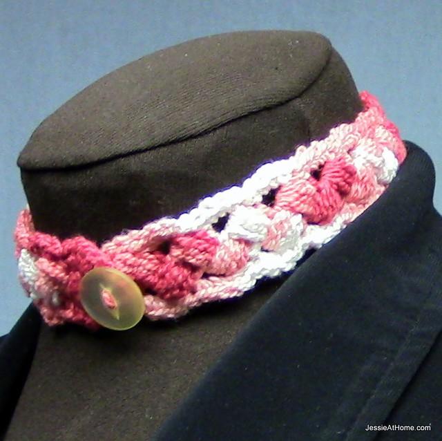 Puff-Stitch-Choker-Free-Crochet-Pattern