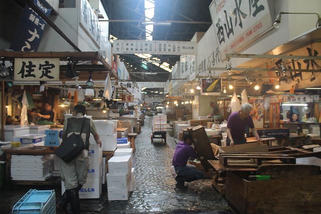 13582277095 05fc5701f4 z Adentrándonos en el Mercado de Tsukiji (Tokyo)