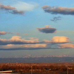 Nice lenticular clouds this morning! #COWX