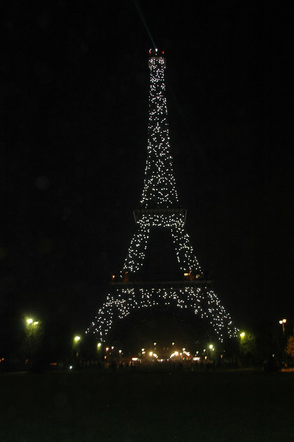 Final Eiffel Tower Sparkle Show of the Night