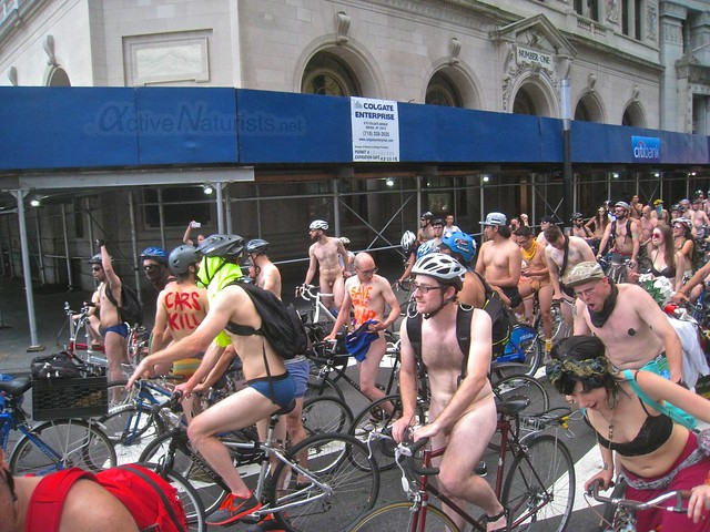 naturist 0014 World Naked Bike Ride 2013, New York, USA