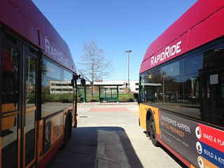 KCM RapidRide coaches on layover at Redmond TC