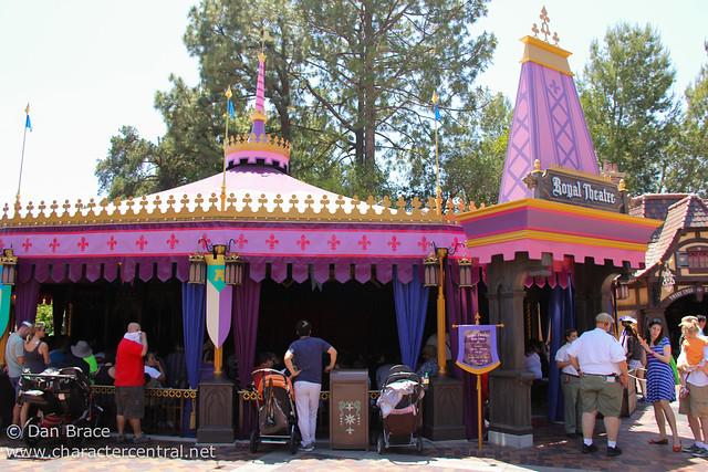 Exploring the new Fantasy Faire